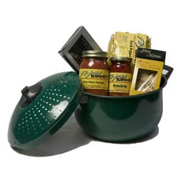 Pasta Pot Dinner for Four Gourmet Italian Gift Basket.